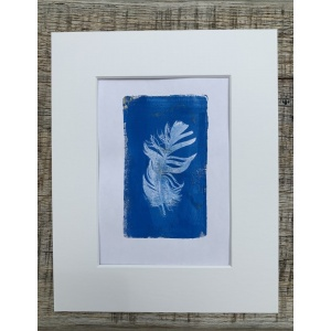 blue_feather_2