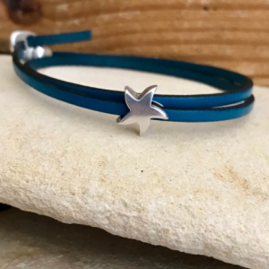 Leather bracelet with silver starfish